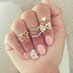 cute jewels rings ring gold sliver sparkle sparkles bling girly nice pretty cool jewelry heart bow