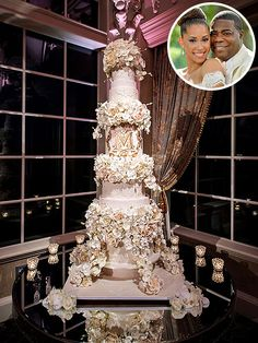 The Ultimate Celebrity Wedding Cakes | TRACY MORGAN | The 30 Rock actor served this 5-foot-tall showstopper at his New Jersey wedding on August 23. The cake was covered in hand-made rose and orchid sugar flowers and included vanilla, marble and chocolate cakes, as well as layers of vanilla Italian meringue, hazelnut, and raspberry fillings.