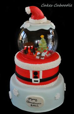 Snow Globe Cake by Cakes Caboodle, via Flickr
