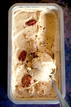 Pecan Pie Ice Cream! Vegan, Paleo and refined sugar free! A healthier treat this festive season.