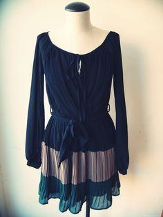 Pleated dress  Black/brown/green
