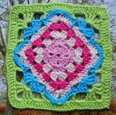 Diamond flower granny