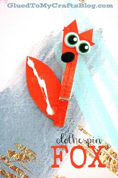 For the WOODLAND lovers out there - today I present to you our Wood Clothespin Fox Kid Craft Idea! Check it out and recreate today! Valentine's Day Crafts For Kids, Animal Crafts For Kids, Craft Projects For Kids, Animals For Kids, Craft Ideas, Diy Ideas, Making Clothes From Old Clothes, Old Baby Clothes, Clothes Crafts
