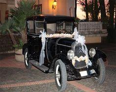 LA CITROEN NERA D`EPOCA CON DECORAZIONE PER MATRIMONI a Le Auto per Cerimonie #auto #matrimonio #nozze