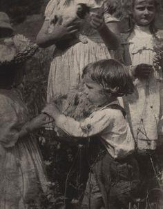 Gertrude Käsebier. Happy Days. 1903