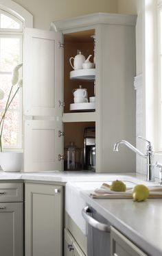 Create a kitchen that works for you!  Find design inspiration and storage solutions for your kitchen remodel so you can make the most of your space.