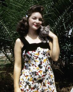 Kodachrome Girl 1940s