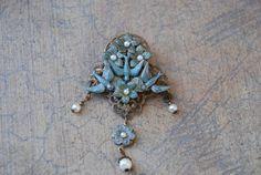 Beautiful Vintage Bird Brooch by GracefulleeRandomJoy on Etsy, $20.00