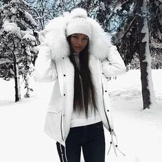 nyc winter outfits The Prettiest Winter Outfit Ide - winteroutfits Snow Outfits For Women, Winter Outfits For School, Winter Outfits Women, Cute Fall Outfits, Casual Winter Outfits, Winter Fashion Outfits, Autumn Winter Fashion, Women's Casual, Emo Fashion