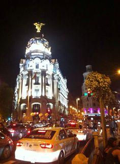 Madrid🇪🇸 cidade que fervilha a noite