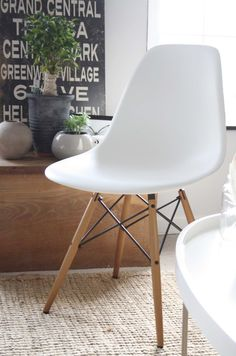 STYLE, SPACE & STUFF: A spoil myself moment... Eames chair from Amara.com, by vitra.