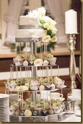 Unsere Hochzeitstorte - ein Traum aus Torte-Cupcakes und Cakepops in weiß /silber / grau / grün