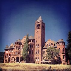 Preston Castle Ione California by Paul Cloutier. An abandoned boys prison in the sierra foothills Abandoned Castles, Abandoned Buildings, Abandoned Places, Places In California, Northern California, California California, Central California, Preston Castle, Haunted Houses In America