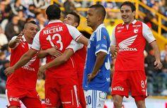Independiente Santa Fe celebrando su clasificación a la final, 2013... Millonarios eliminado.