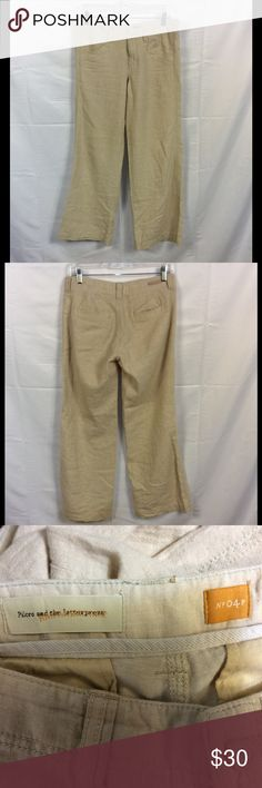 """Anthropology Pilcro and the letterpress Pants 4P In excellent condition, one spot mentioned in last picture. Laying flat measurements, Inseam-29.5"""" Front rise -8.5"""" Waist-16"""" Anthropologie Pants"""