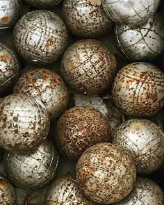 War veterans. // Looking forward to receiving your extreme petanque pictures videos & stories! // #extremepetanque #extremeboules #pétanqueextrème #streetpetanque #urbanpetanque #ultimatepetanque #extremebocce #petanque #petanca #jeuxdeboules #jeudeboules #boules #bocce #bocceball #ball #balls