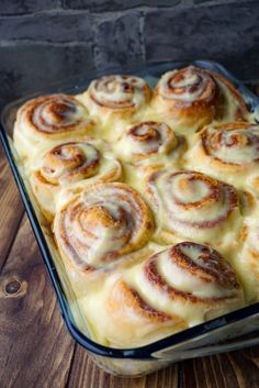 homemade cinnamon buns – great culinary delight – Cakes and cake recipes Cinnamon Roll Casserole, Cinnamon Roll Pancakes, Cinnamon Rolls, Cheesecake Recipes, Cookie Recipes, Rolo Cheesecake, Dessert Bread, Healthy Dessert Recipes, Delicious Desserts