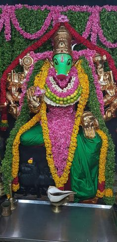 Indian Goddess Kali, Goddess Lakshmi, Indian Gods, Durga Kali, Shiva, Hindu Deities, Hinduism, Lord Rama Images, Lord Balaji