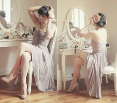 love! vintage vanity for photos of bride getting ready