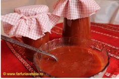 Suc de rosii pentru iarna Romanian Food, Chocolate Fondue, Celery, Pastries, Bacon, Cheese, Ethnic Recipes, Desserts, Canning