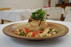 Bacalhau à Moura Encantada/Codfish Moura Encantada by Um Prato Português / A Portuguese Dish, via Flickr