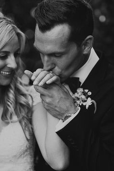 Classic black and white California Wedding by Sitting In a Tree (Planner) +  Jordan Voth (Photography) - via Magnolia Rouge