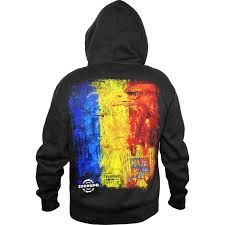 Image result for zoonamo sinti Best Clothing Brands, Hoodies, Sweatshirts, Graphic Sweatshirt, Clothes, Image, Design, Fashion, Outfits