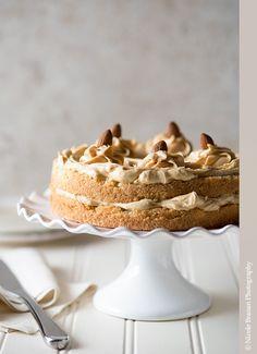 Caramel Almond Cake Recipe