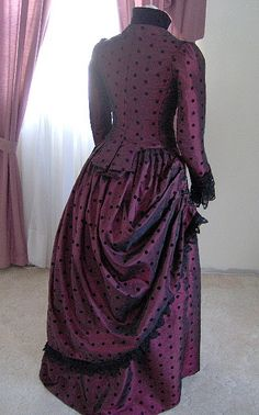 Please Visit & Like my New Facebook Page: Youre Never Out of Style Victorian Bustle Dresses Civil War and More .....  THIS GOWN IS JUST AN EXAMPLE AND IT IS NOT AVAILABLE FOR SALE... I CAN MAKE A GOWN SIMILAR TO THIS WITH YOUR COLOR CHOICE, FABRIC CHOICE, AND YOUR CHOICE OF TRIMMINGS AND ETCETERAS...... ~IF YOU WOULD LIKE TO HAVE A GOWN OF THIS STYLING MADE TO FIT YOU, THAN PLEASE CONTACT ME AND LETS TALK ABOUT IT......  ~PRICE WILL BE DETERMINED ON THE FABRIC AND TRIM CHOICES THAT ARE…