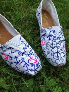 Lilly Pulitzer anchor print hand painted Toms shoes MADE TO ORDER on Etsy, $70.00  @Nikki Tramontana http://tomsshopsales.tumblr.com/