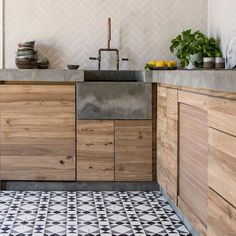 Black asquith tile in 2019 modern kitchen interior design ку Concrete Kitchen, Kitchen Tiles, Kitchen Flooring, Kitchen Decor, Concrete Countertops, Wooden Kitchen, Pallet Kitchen Cabinets, Reclaimed Wood Kitchen, Walnut Kitchen