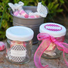 Minis pots à confiture personnalisés - contenant à dragées mariage - cadeaux invités
