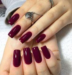 Top esmaltes que toda a manicure deveria ter - Portal Dicas Sexy Nails, Classy Nails, Stylish Nails, Cute Nails, Pretty Nails, Magenta Nails, Jolie Nail Art, Uñas Fashion, Nail Decorations