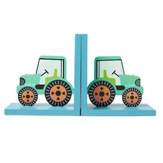 Green Tractor Bookends available to buy direct from Sass & Belle. Charming gifts and homeware, designed with love. Tractor Bedroom, Tractor Nursery, Farm Bedroom, Kids Bedroom, Nursery Room Decor, Bedroom Themes, Bedroom Ideas, Baby Shower Bunting, Orange Wheels