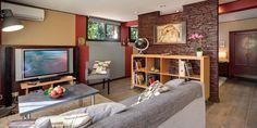 notre client souhaitait transformer son garage en studio dhabitation il fallait donc composer avec le bti existant le garage ne disposait que de deux