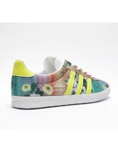los angeles 79892 a3549 Sports Shoes · Adidas · Pour les femmes, les teintes pâles et les vampires  soyeux et soyeux sont parfaits pour