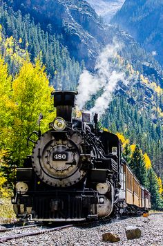 Road this train with my grandparents when I was 10. Can't wait to take the kids!   Bucket List Item - Travel Durango & Silverton Railroad, Summer..........DONE!!