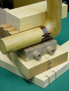 Great Joinery Woodworking Joints, Fine Woodworking, Woodworking Projects, Wood Joining, Joinery Details, Got Wood, Wood Detail, Mortise And Tenon, Wood Design