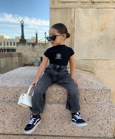 Cute Little Girls Outfits, Kids Outfits Girls, Baby Outfits, Toddler Outfits, Cute Kids Fashion, Baby Girl Fashion, Toddler Fashion, Designer Baby Clothes, Foto Baby