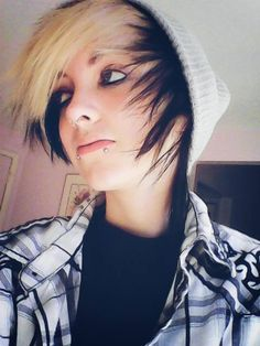 Resultado de imagen de cute teen emo boy