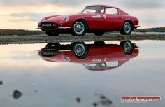 Die Form des Chevrolet Corvette Scaglietti von 1959 erinnert an die Ferrari 250 GT Berlinetta Tour de France: http://www.zwischengas.com/de/FT/fahrzeugberichte/Corvette-by-Scaglietti-beinahe-waere-so-die-GM-Cobra-geboren-worden.html?utm_term=Corvette+by+Scaglietti&utm_content=buffer7baec&utm_medium=social&utm_source=pinterest.com&utm_campaign=buffer Foto © Paul Russel and Company