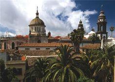 La Laguna - Tenerife Villas, Spanish Towns, Balea, Canary Islands, Volcano, Taj Mahal, Europe, Mansions, House Styles