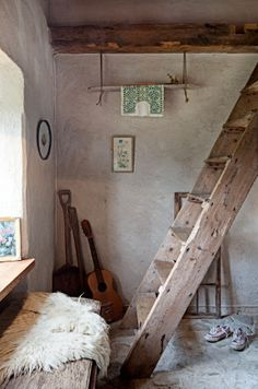 rustic. guitars. throw. lovely.
