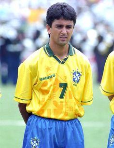 Και οι 20 Βραζιλιάνοι όλων των εποχών ήταν υπέροχοι - Βραζιλία - SPORT 24 Brazil Football Team, Brazil Team, Football Players, Fifa, France Football, International Soccer, Sports Images, Rain Jacket, Windbreaker