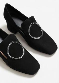 Skórzane buty ze sprzączką   MANGO