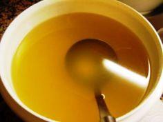 Muitas receitas exigem caldos e molhos prontos. Então, que tal fazer seu próprio caldo de galinha e molho de...