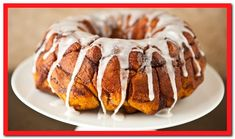 You won't believe how easy this Cream Cheese Cinnamon Roll Monkey Bread recipe is. The secret? It's made with cinnamon rolls for a treat that only requires 3 ingredients. Cinnamon Roll Monkey Bread, Cinnamon Roll Pancakes, Cinnamon Rolls, Cinnamon Swirls, Oven Pancakes, Pancake Pan, Brunch Dishes, Bagels, Coffee Cake