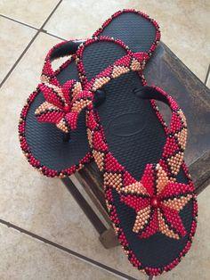 Crochet Bedspread Pattern, Beaded Shoes, Fabric Origami, Beadwork, Cross Stitch Patterns, Flip Flops, Crochet Necklace, Slippers, Beads