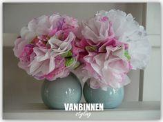 Vanbinnen Styling: Servettenbloem