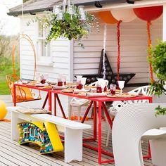 Colourful garden with alfresco dining | Colourful garden design ideas | Garden decorating | PHOTO GALLERY | Housetohome.co.uk